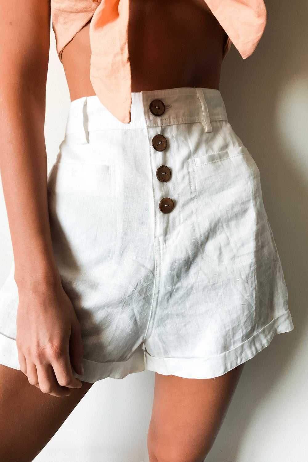 Image of SALVADOR SHORTS - WHITE