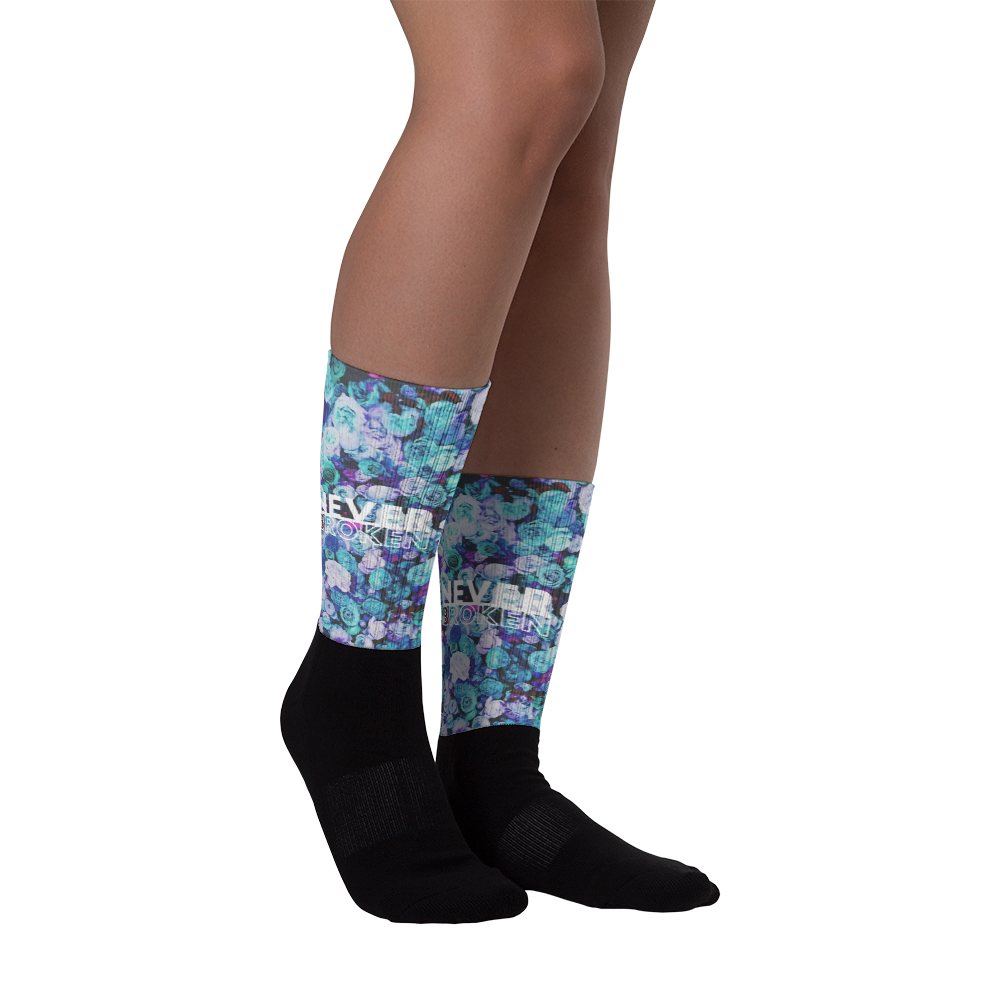Image of Never Broken Multi-Rose Socks