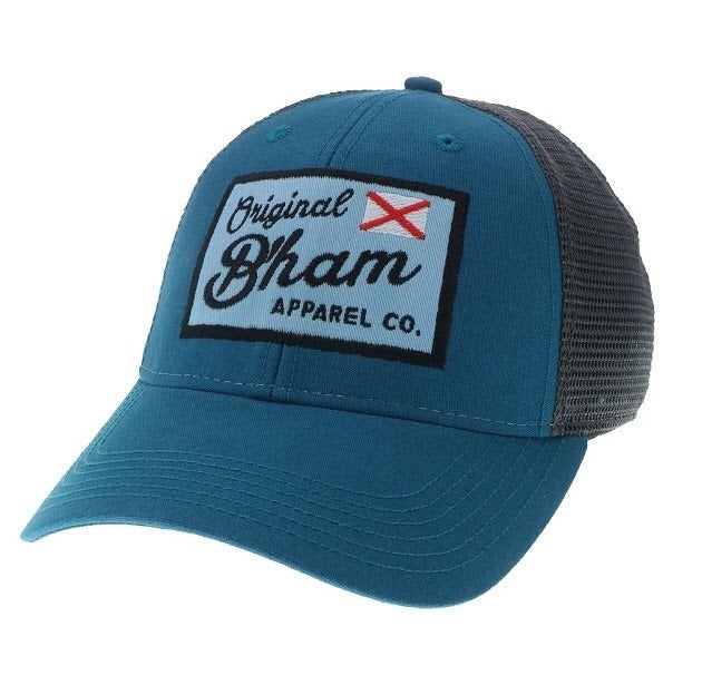 "Image of ""Flag Waver"" Trucker Cap"