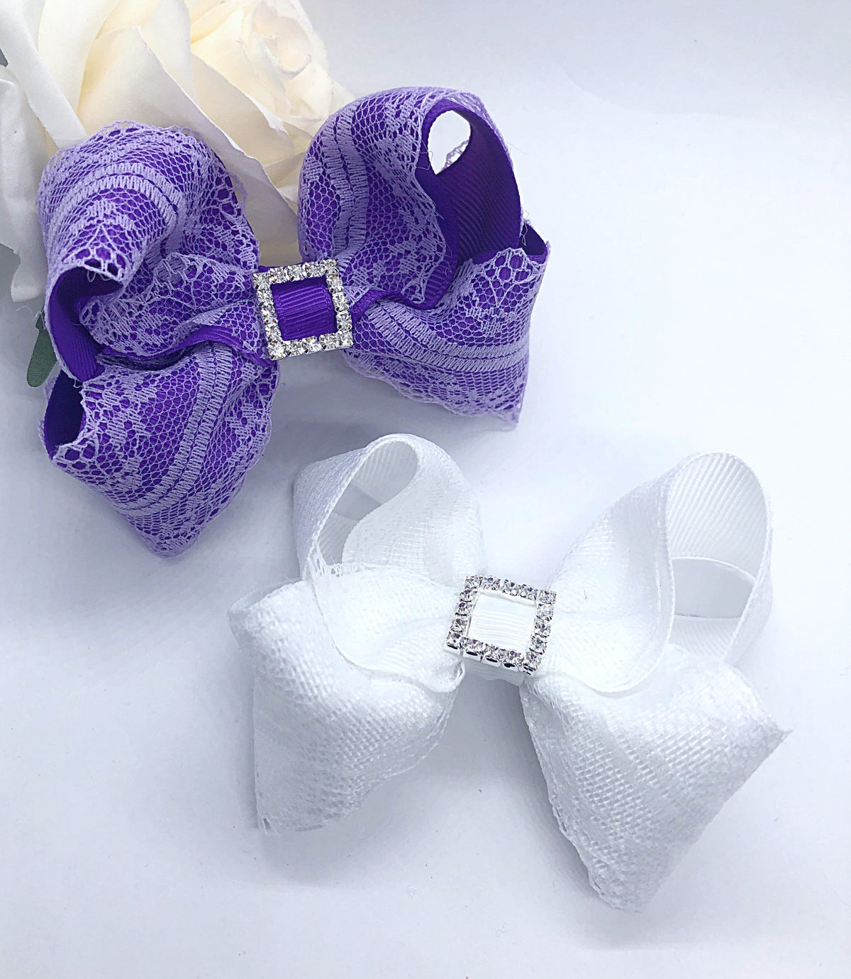 Image of Boutique lace classic bows