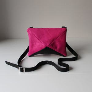 Image of Jagger in Fuschia