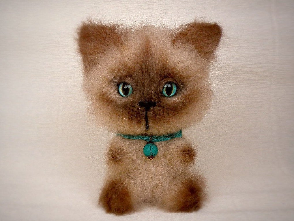 Image of Siamese Hand Knit Toy