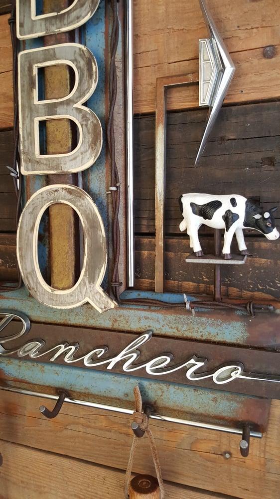 Image of BBQ Ranchero sign key rack