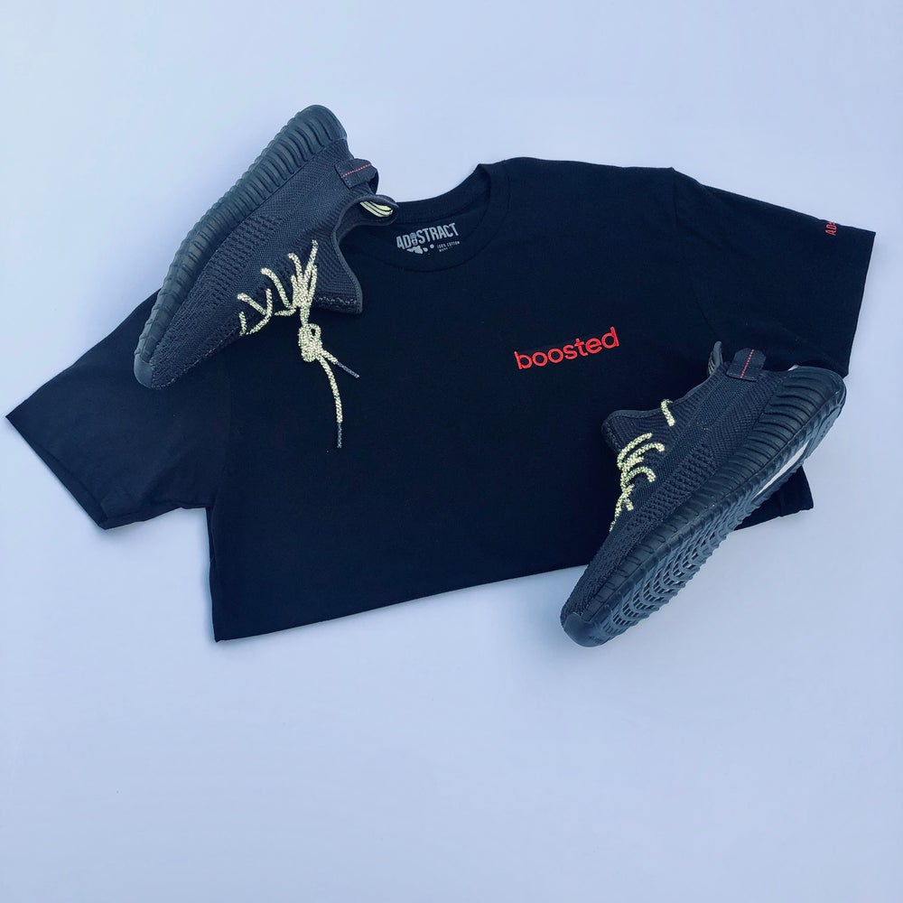 "Image of BOOSTED LONG BAR EMBROIDERY ""BLACK/RED"" T-SHIRT"