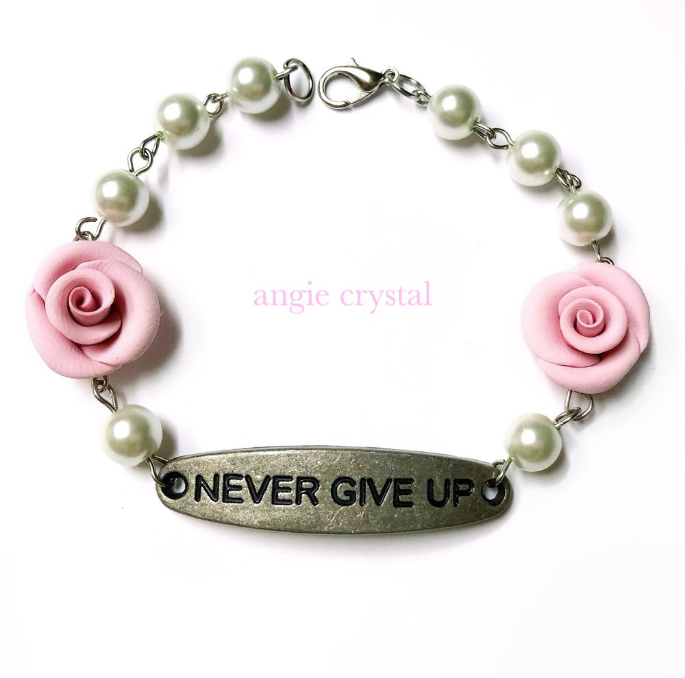 Image of Never Give Up Pink Bracelet
