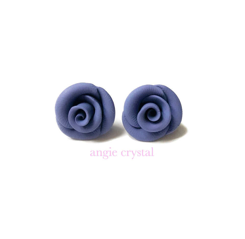 Image of Grey Blue Rose Stud Earrings