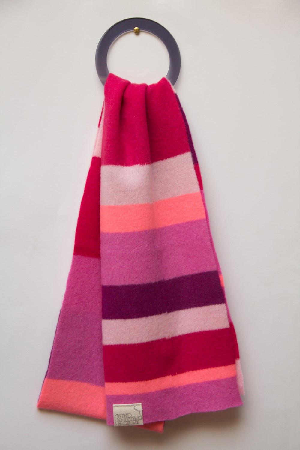 Image of Wind Knitted Scarf pinks