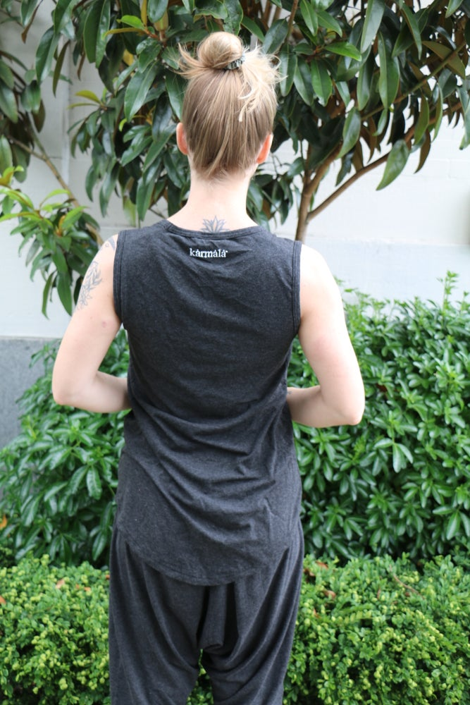 Image of Bamboo Tank Top Long : Elements