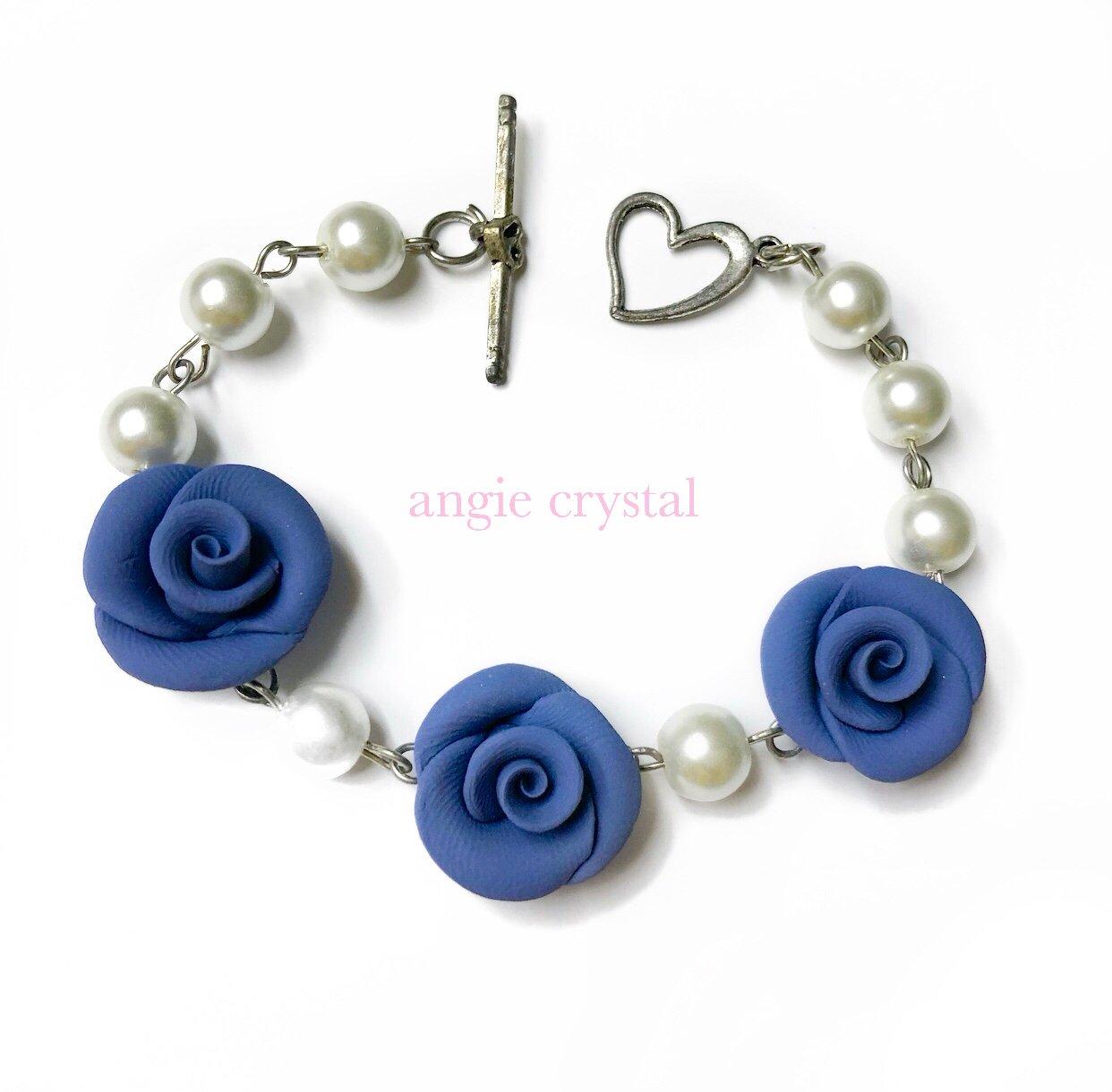 Image of Grayish Blue Rose Pearl Bracelet