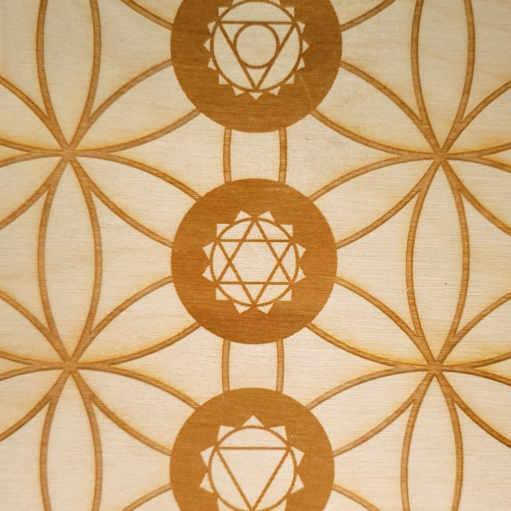 Image of FLOWER OF LIFE CHAKRA - Sacred Geometry Grid