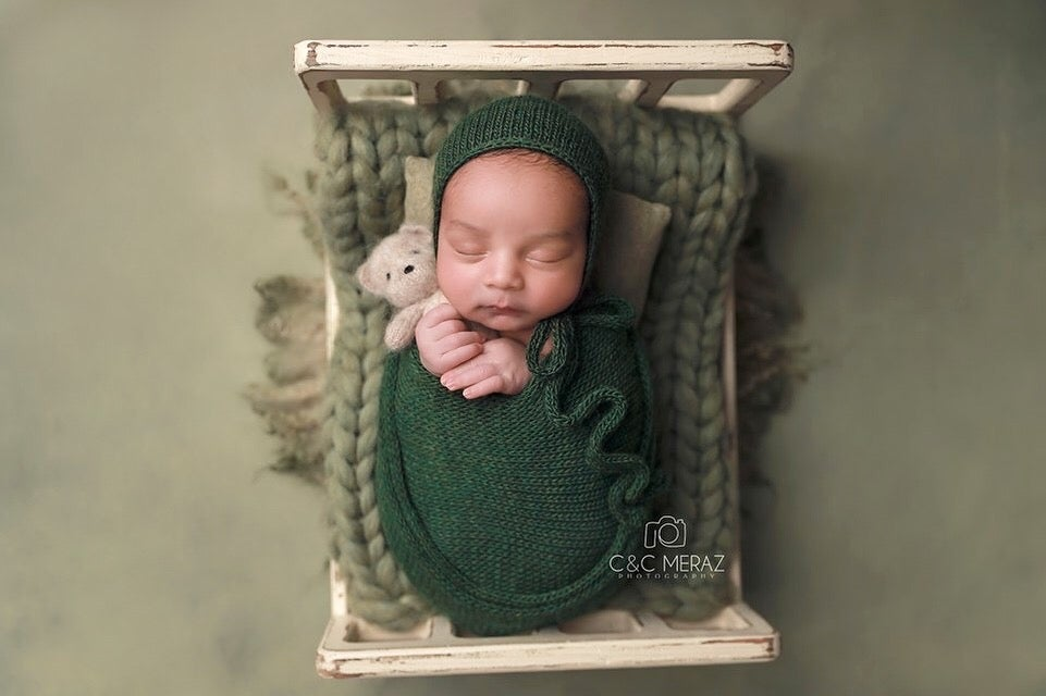 Image of Forest Green Wrap and Hat