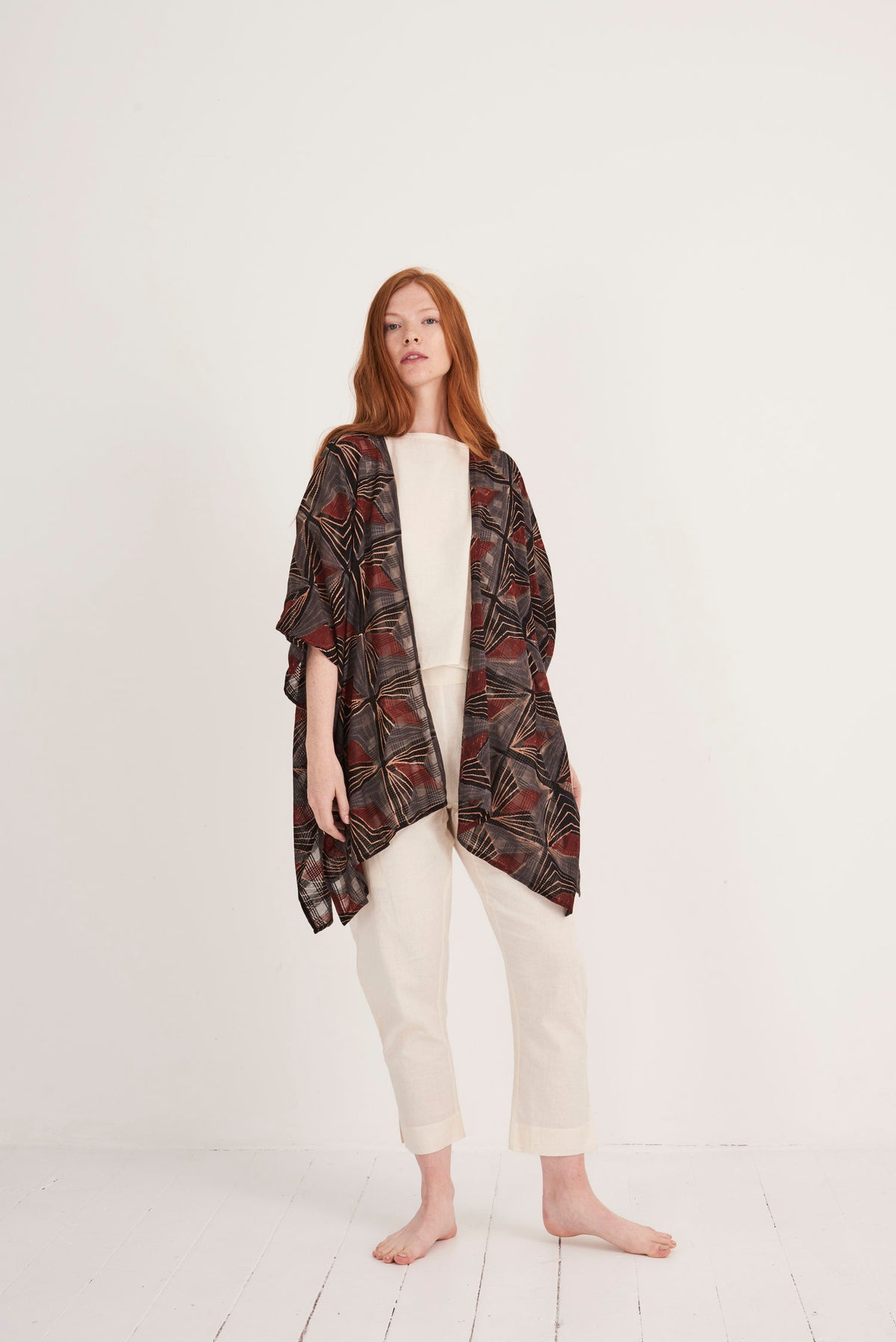 Image of Maelu Short Kimono - Nina Print