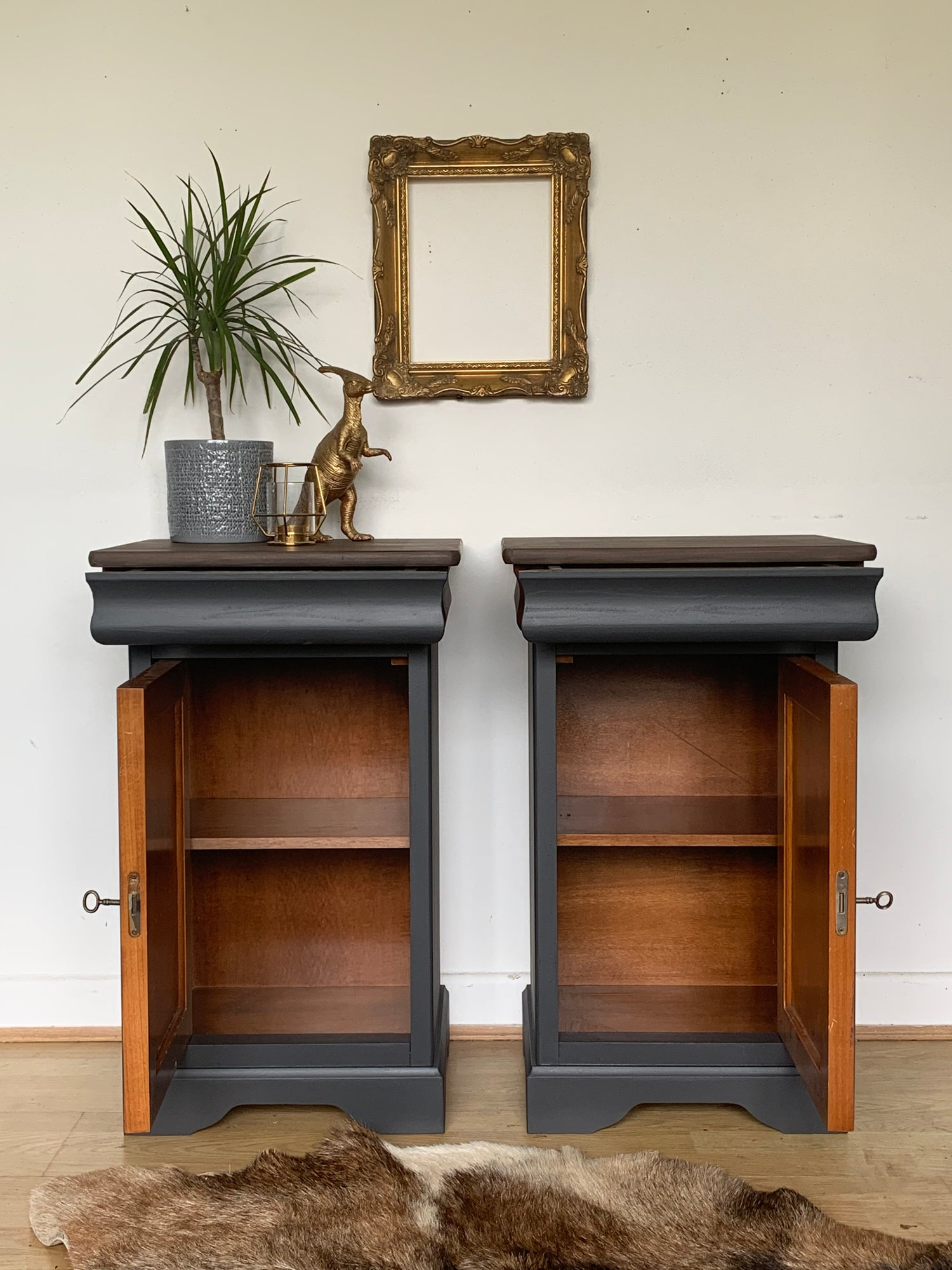 Grey Bedside Tables: A Pair Of Stunning Dark Grey Solid Wooden Bedside Tables
