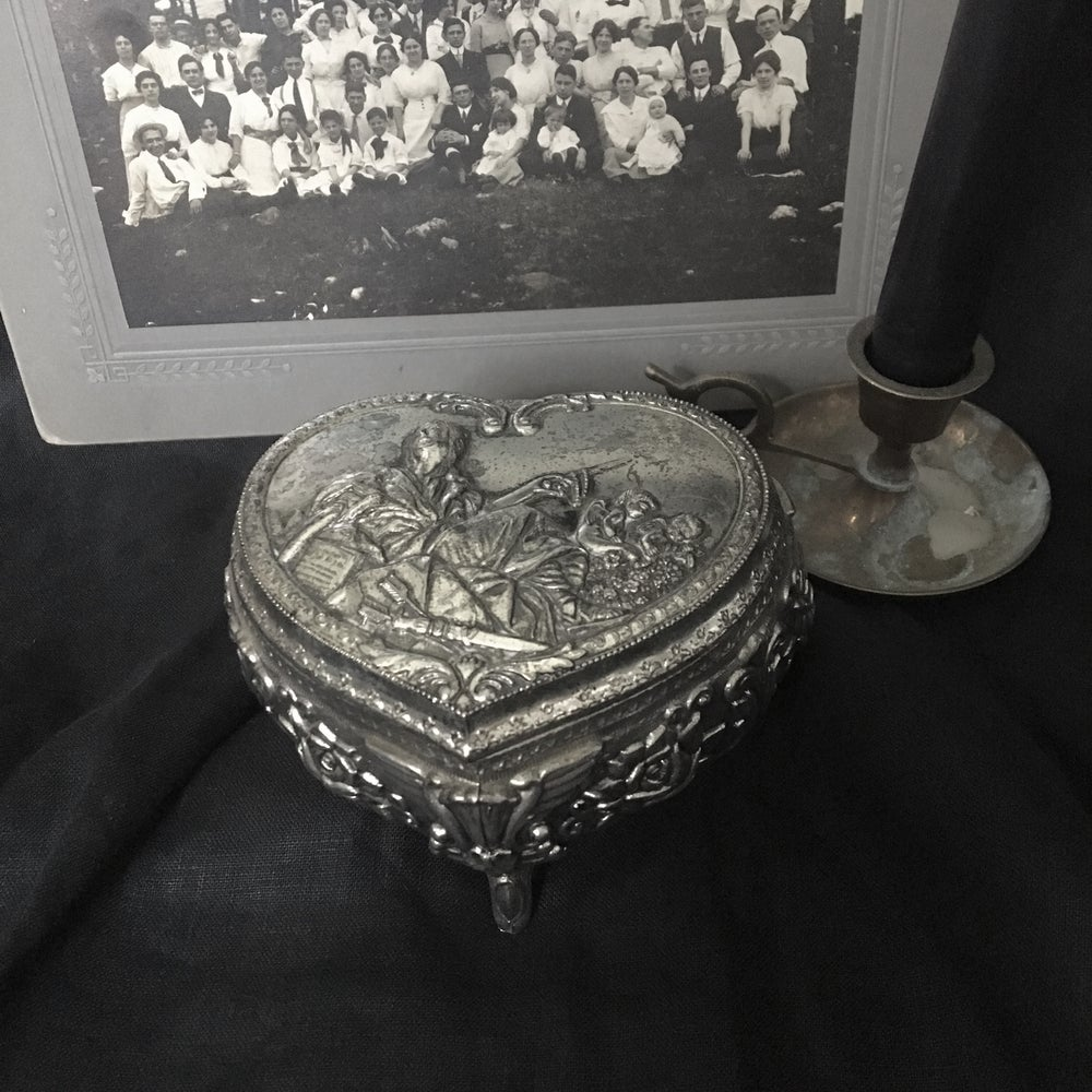 Image of Silver Heart Trinket Box