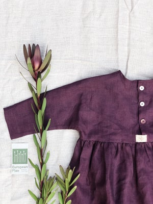 Image of LINEN DRESS (LONG SLEEVE)