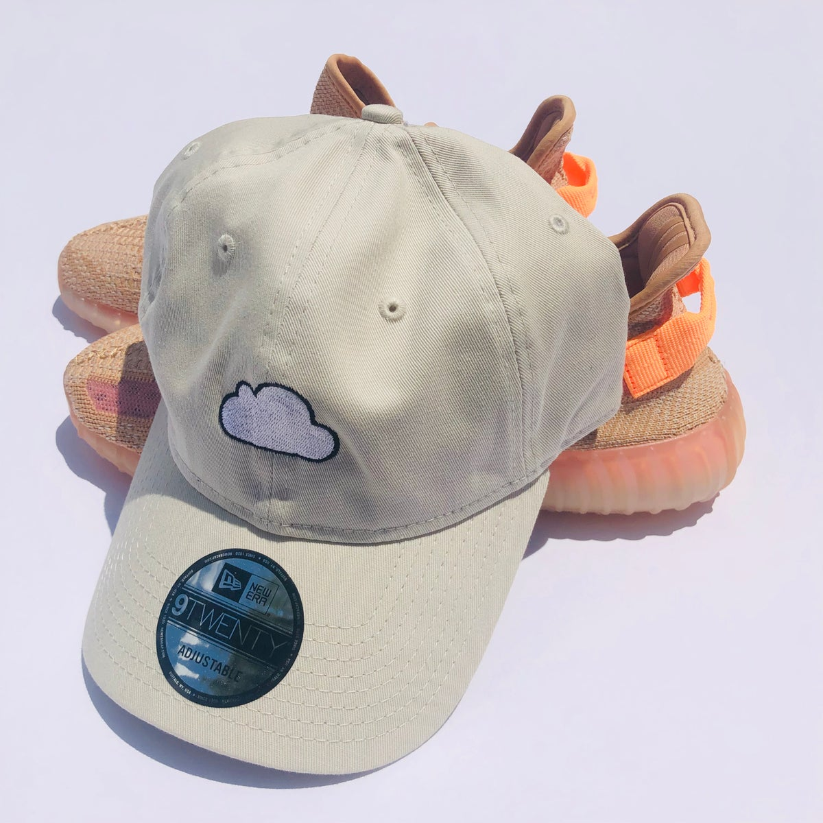 Image of CLOUD EMBROIDERY HATS