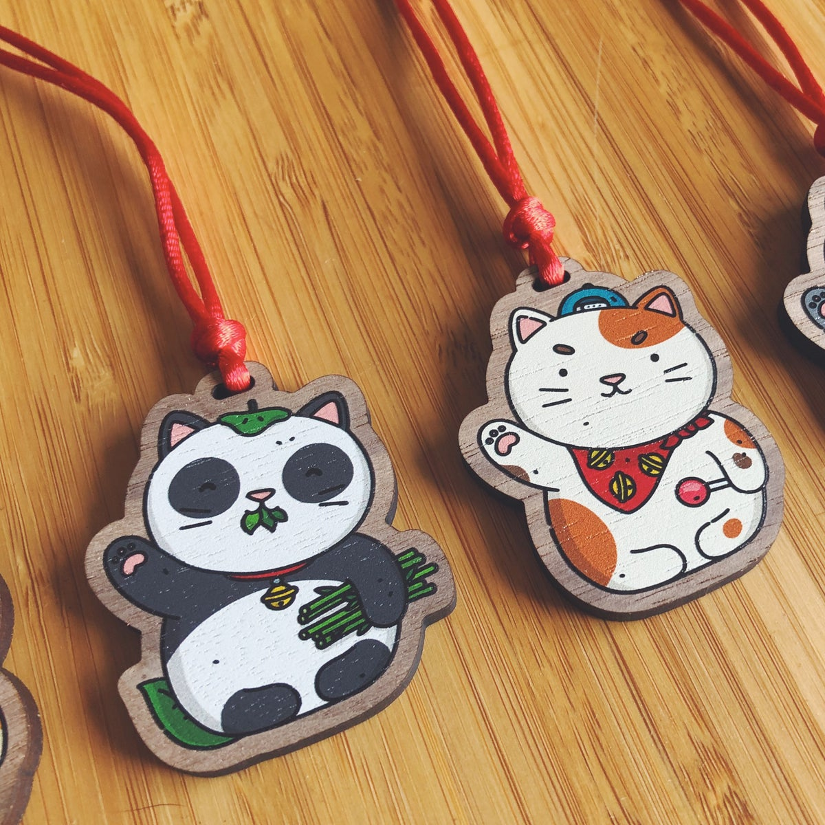 Image of LUCKY CAT CHARMS