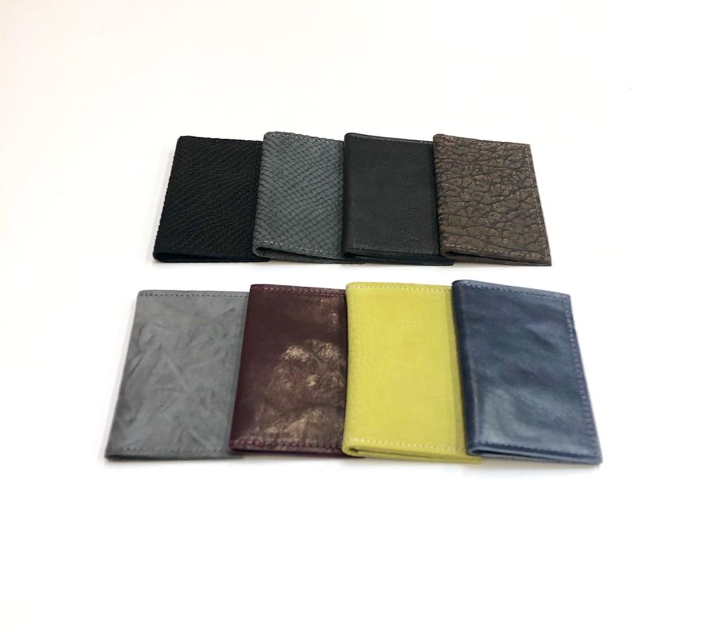 Image of Simple Card Wallet