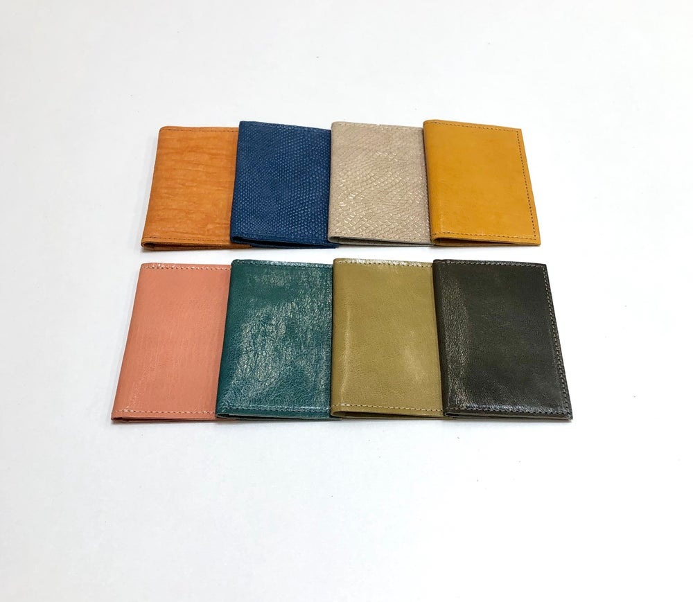 Image of Simple Card Wallet