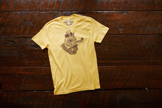 Image of Monocle Squirrel T-Shirt in Banana Cream