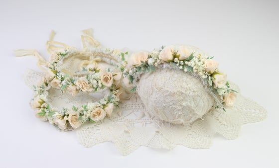 Image of Neutral Floral Halo/Silk Tieback