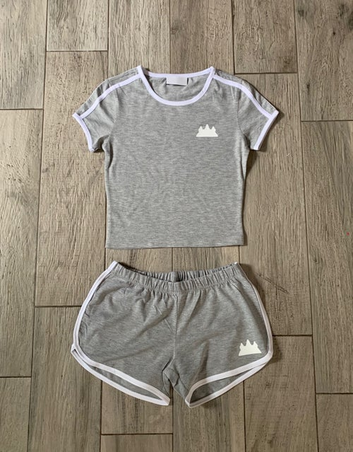 Image of Womens Sports Crop Top and Shorts 2 Piece Set Tracksuit Outfit