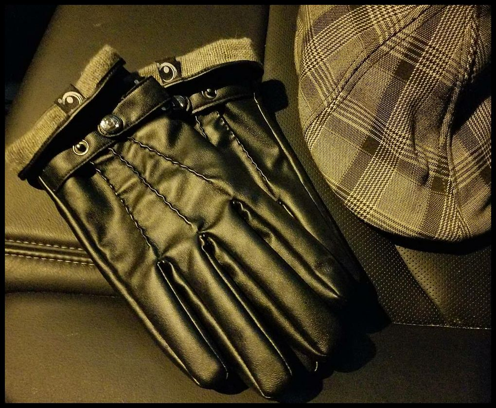 Image of THE ACTIVE PALM VEGAN ➐™ - MEN'S TOUCHSCREEN LEATHER GLOVES (EXCLUSIVE)