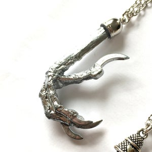 Image of Preserved Molten Magpie Claw Necklace