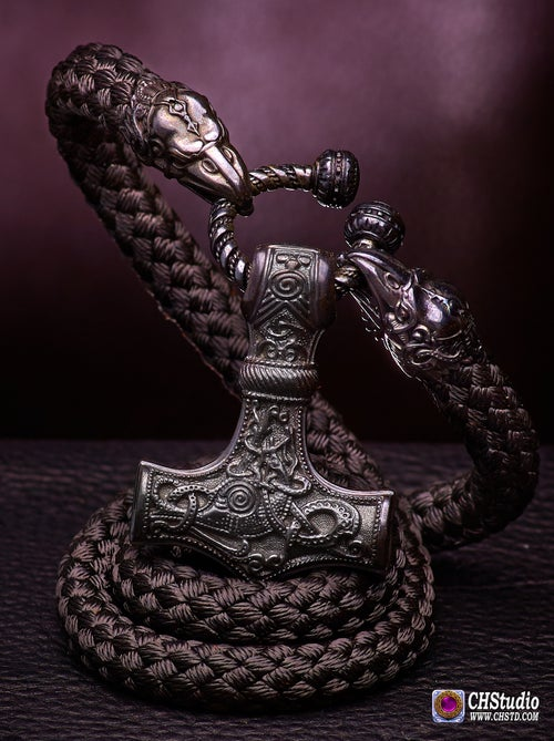 Image of THOR'S HAMMER : MJOLNIR + Huginn & Muninn Paracord Necklace - DARK - FORSALE