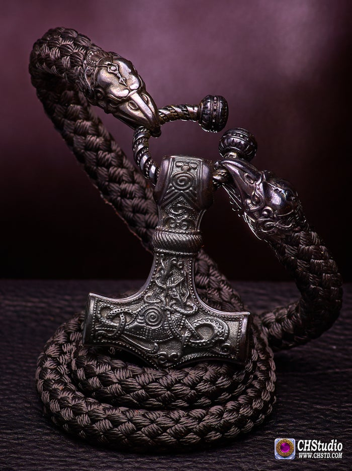 THOR'S HAMMER : MJOLNIR + Huginn & Muninn Paracord Necklace - DARK