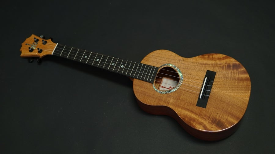Image of KoAloha KTMR-00 Custom build Tenor Cedar & Padauk