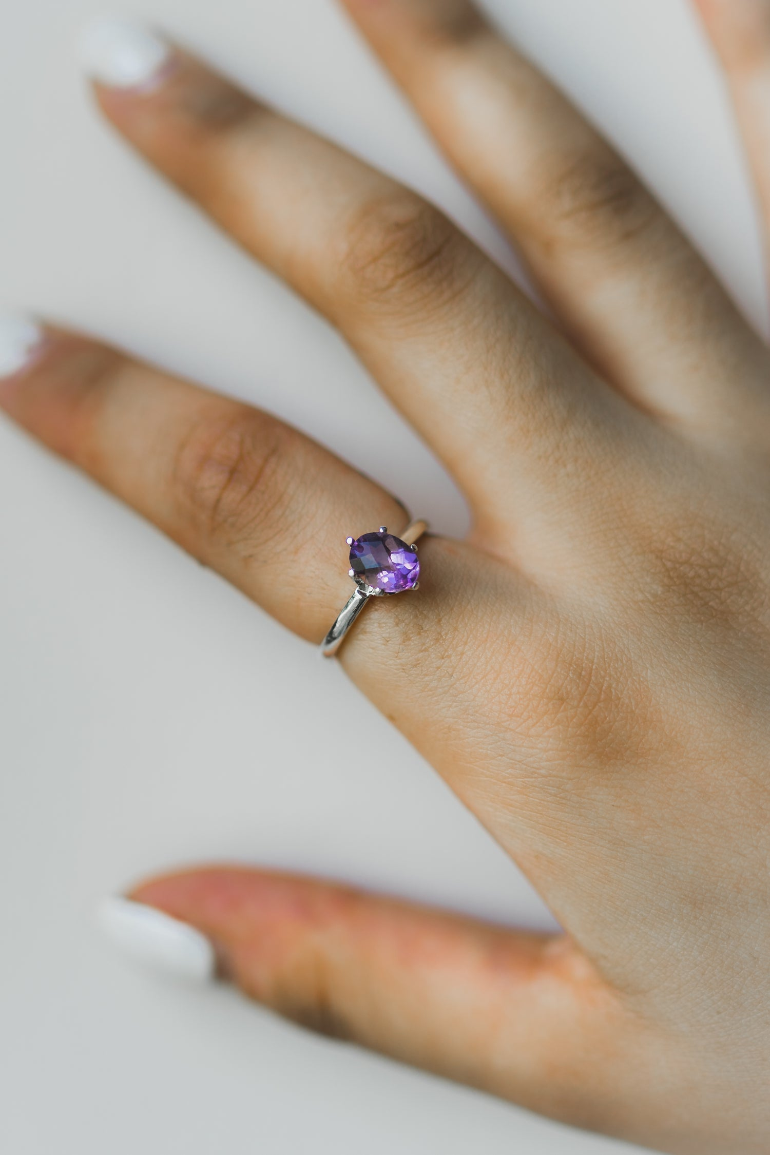 Image of GLOWING Amethyst ring