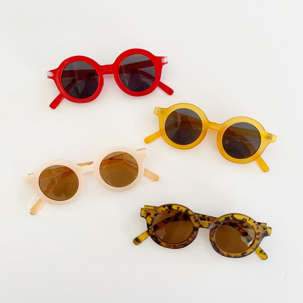 Image of Roundie Sunglasses - Summer Colors