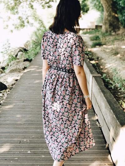 Robe Salomé imprimé noir-rose - Maison Brunet Paris