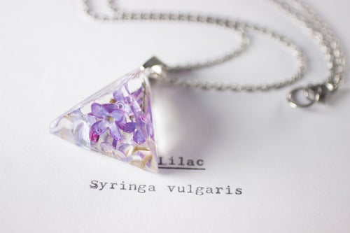 Image of Lilac (Syringa vulgaris) - Prism Necklace #1