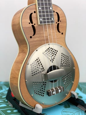 Image of Gold Tone Resonator Ukulele Tenor-Scale