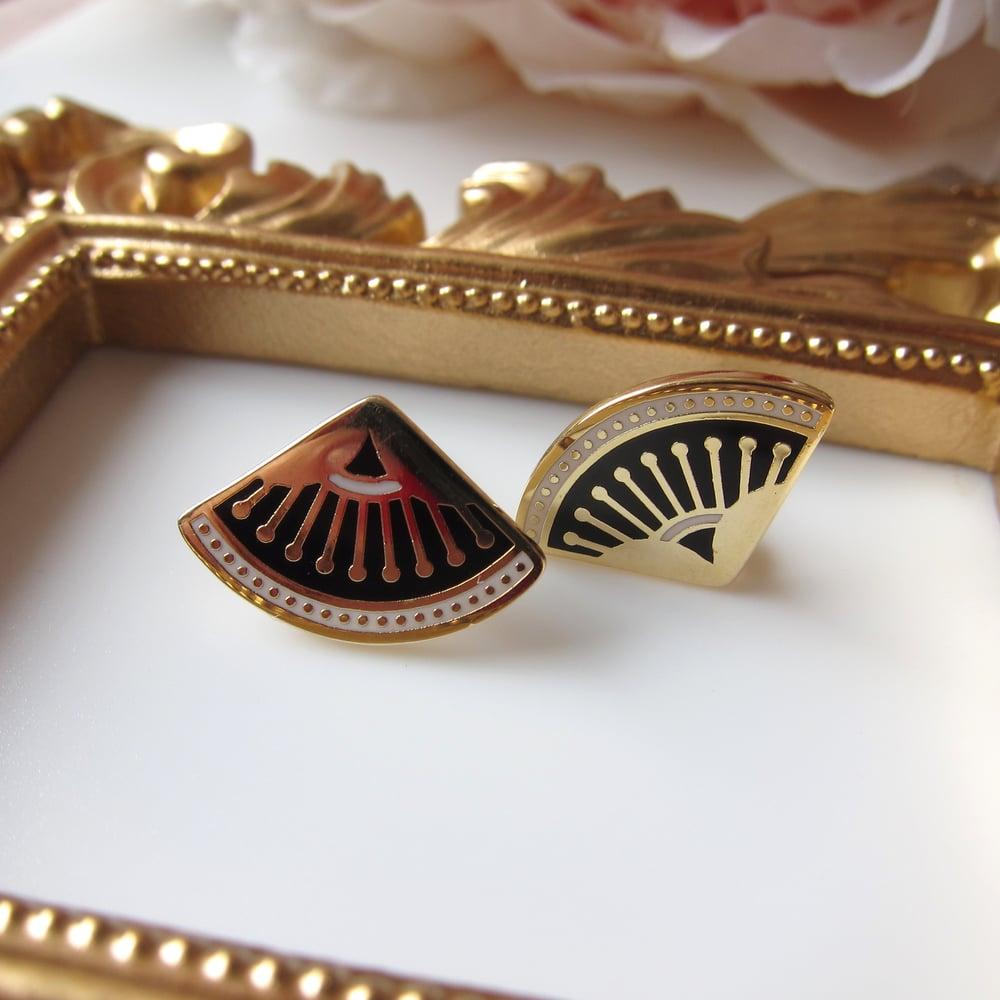 Image of Vamp earrings