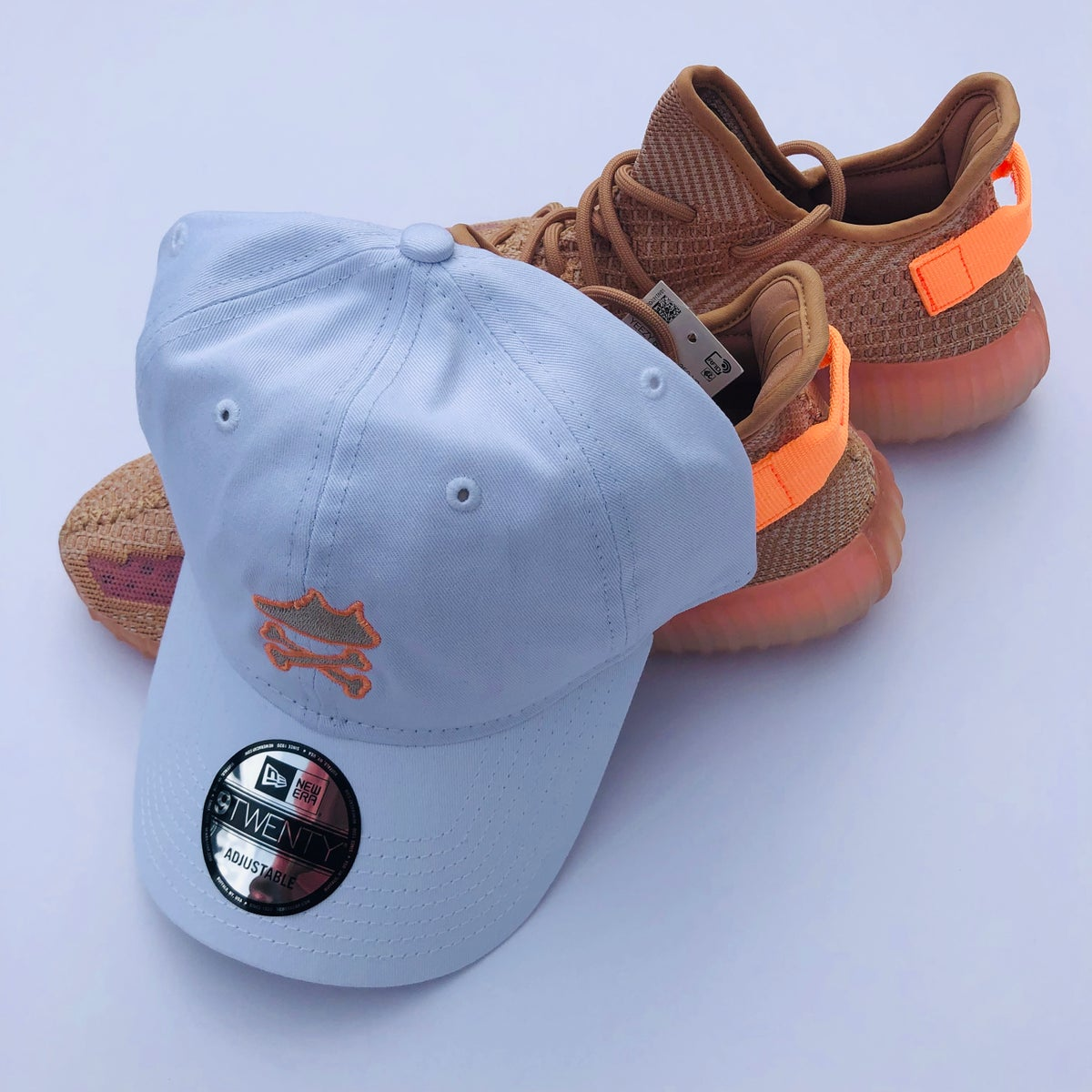 """Image of YEEZY CROSSBONES EMBROIDERY """"CLAY"""" DAD HAT"""