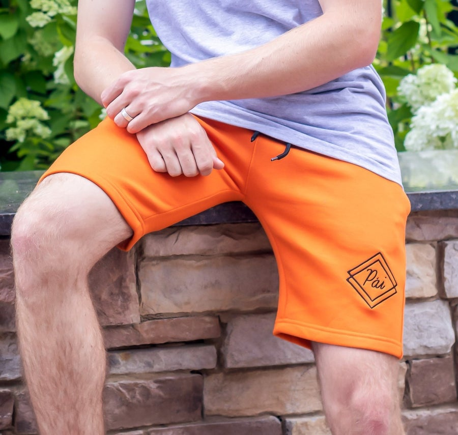 Image of Apricot Fleece Pái Shorts