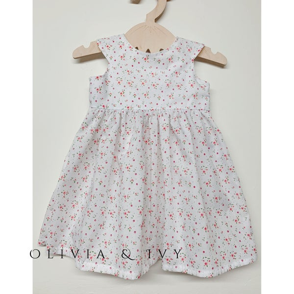 Image of Dainty Floral Dress