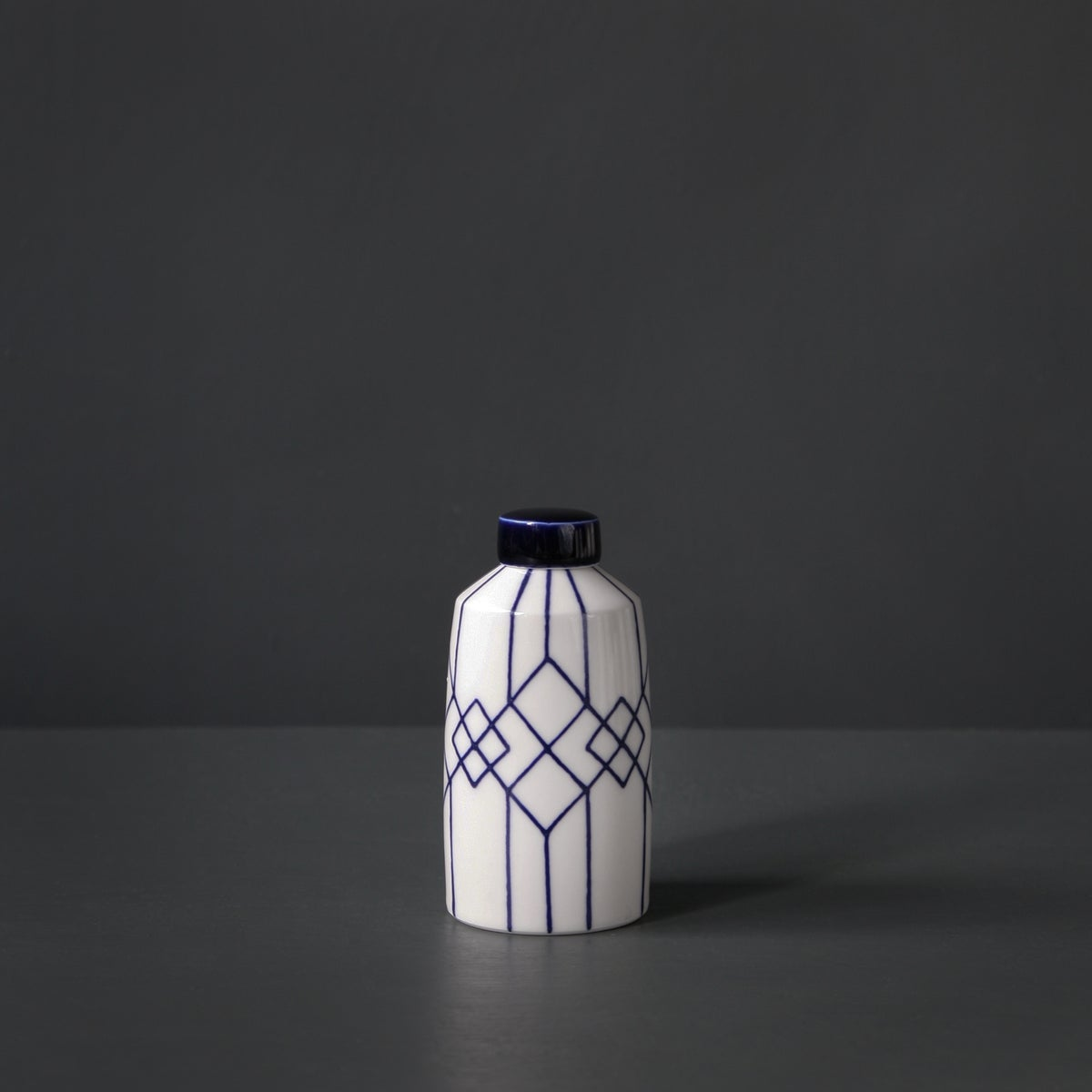 Image of Small 'Zanzibar' straight Ginger Jar by Rhian Malin.