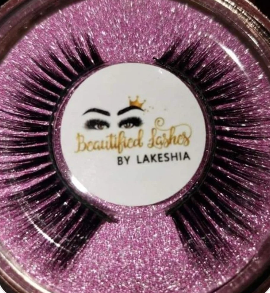 Image of Beautified  Lashes - Queen