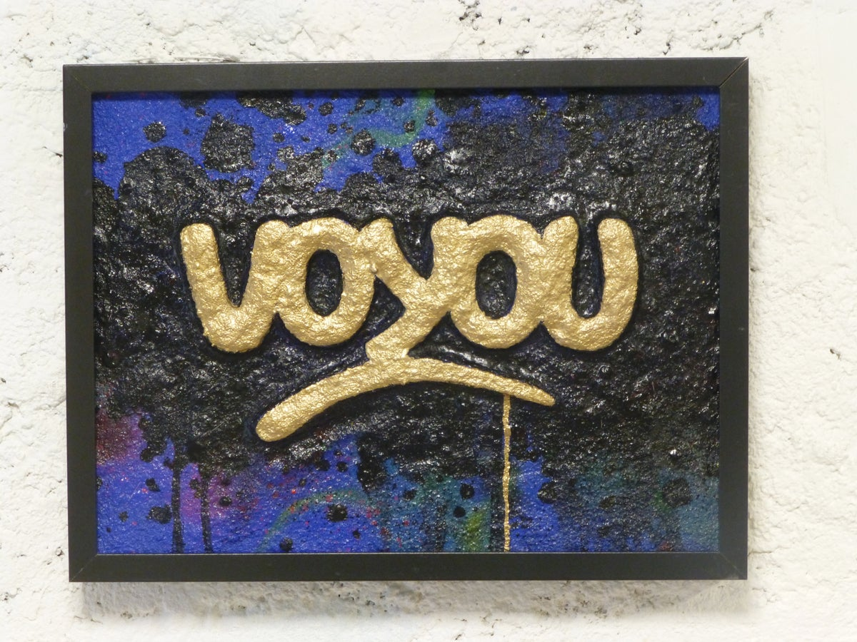 Image of VOYOU !  GOLD Sculpture JP MALOT.