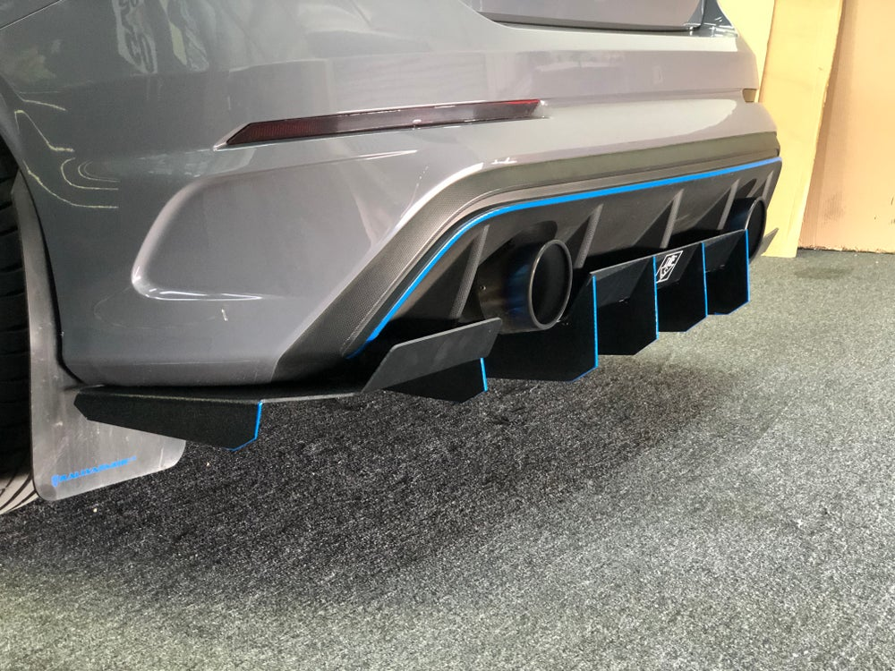"Image of 2016+ Ford Focus RS ""V3"" rear diffuser"