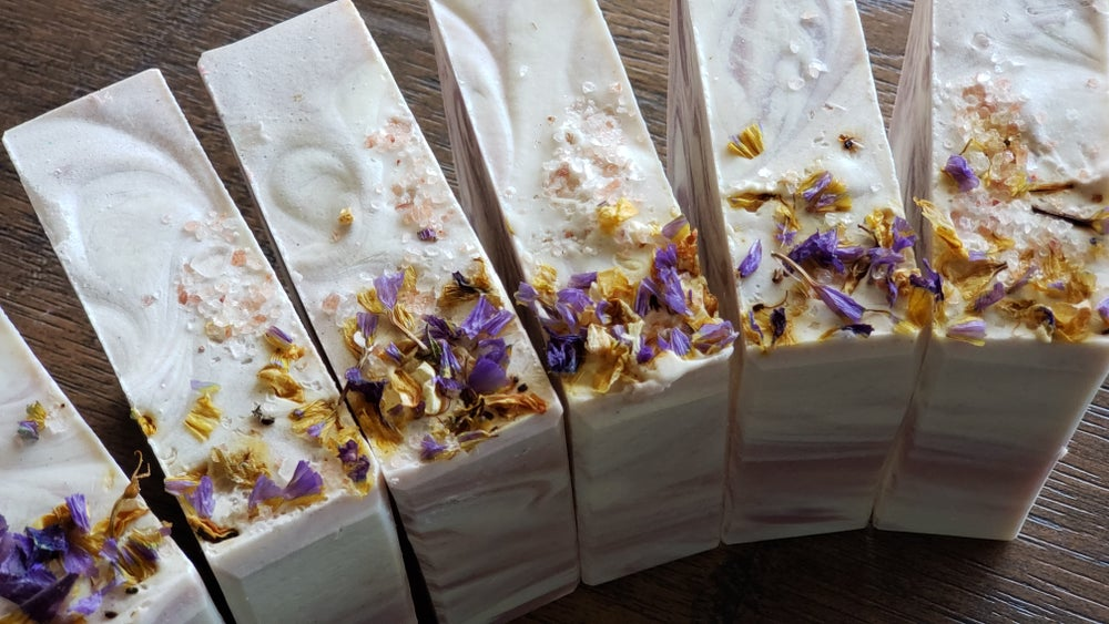 Image of LEMON LAVENDER RICE MILK HANDMADE SOAP