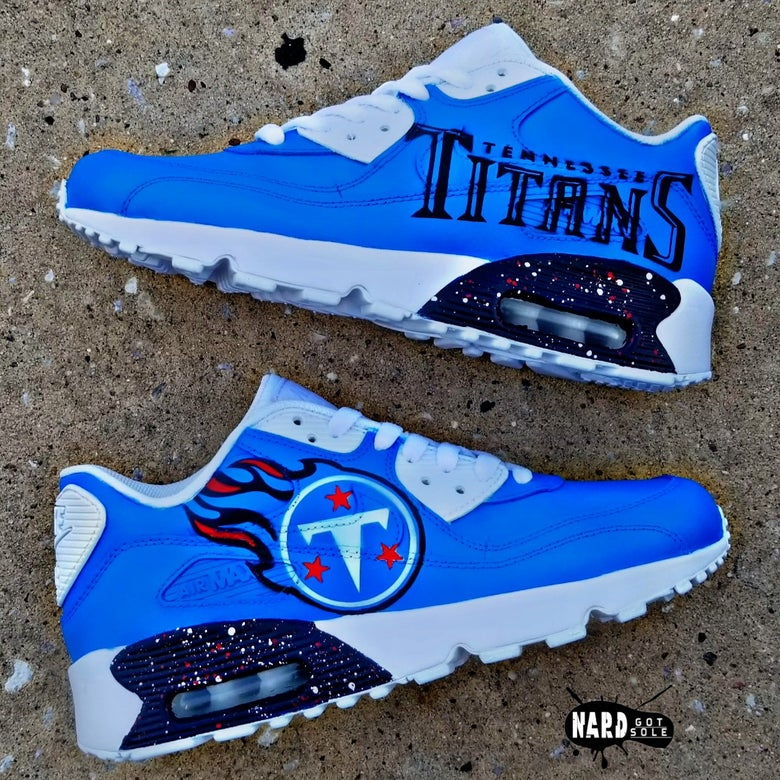 Image of Custom Titans AM90