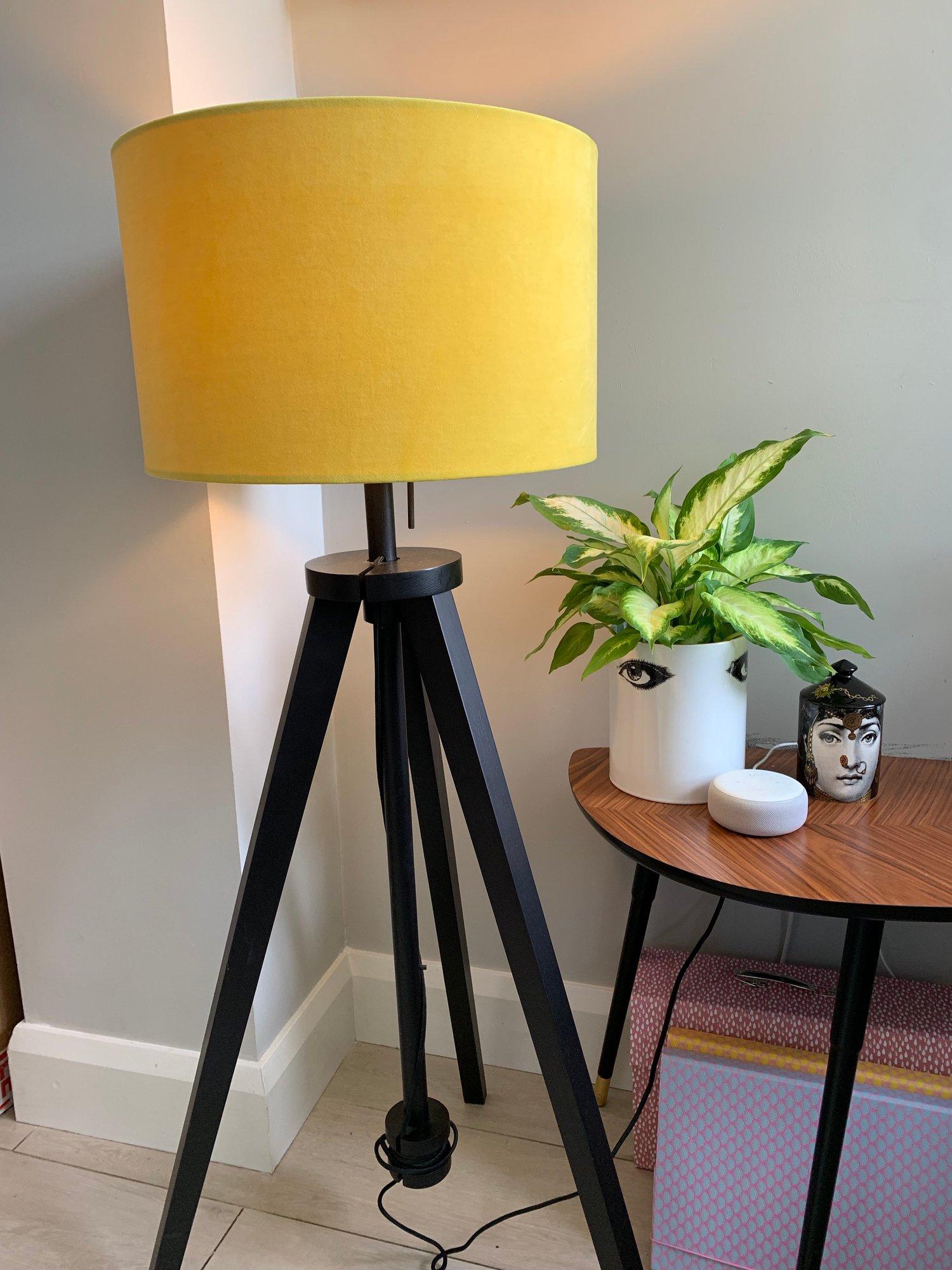 Image of Plush Velvet Daffodil Shade