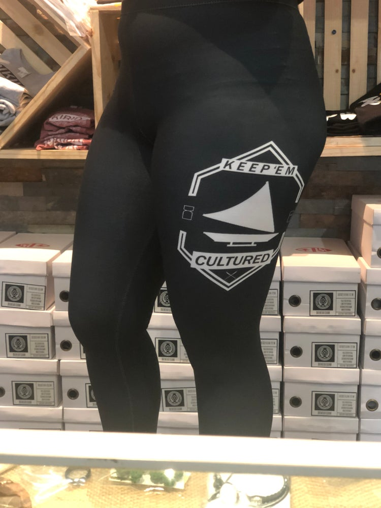 Image of CULTURED LEGGINGS