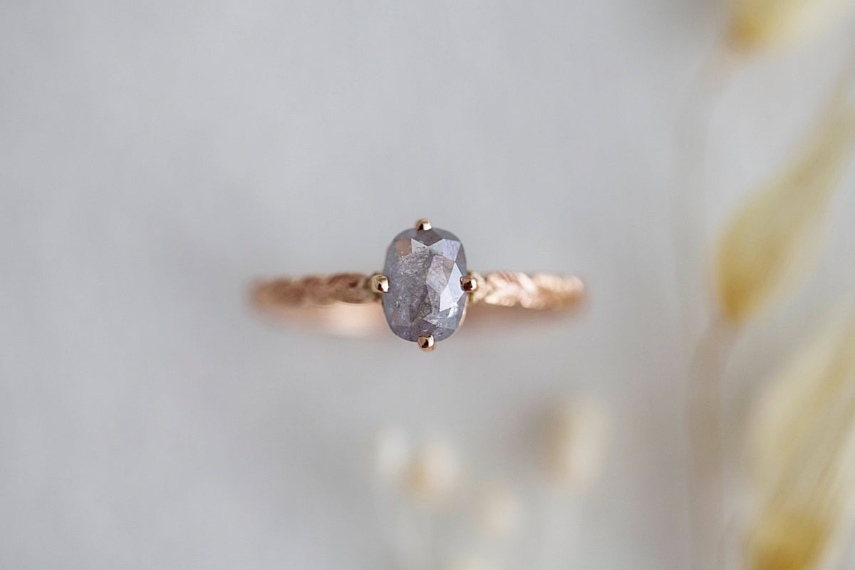 Image of 18ct rose gold, grey oval rose-cut diamond ring (IOW121)