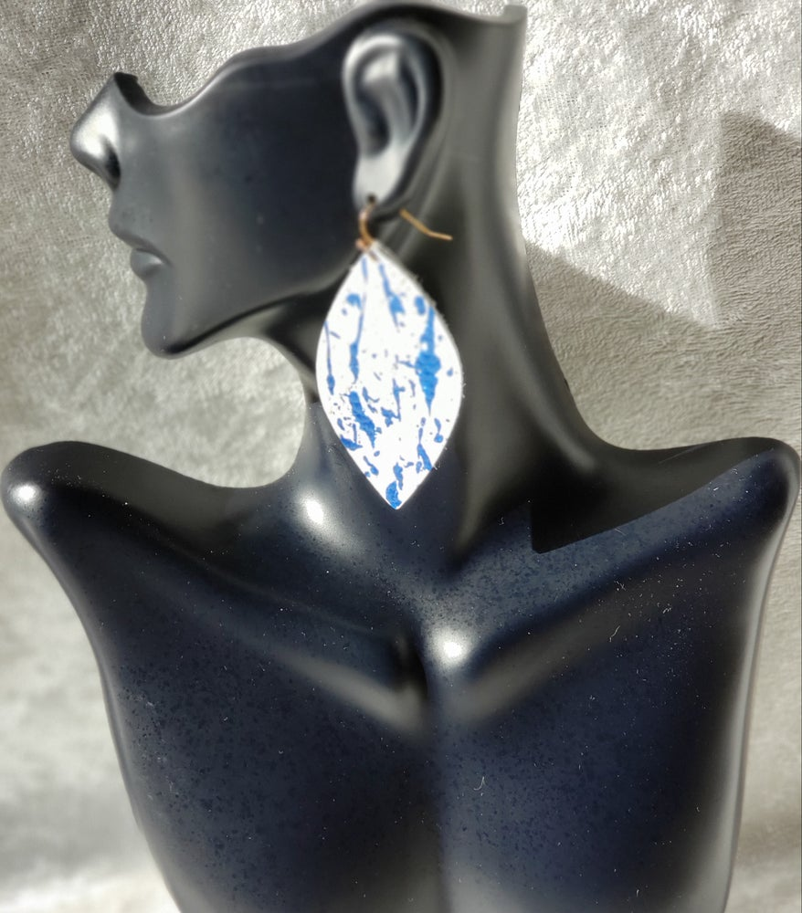 Image of White and Metallic Blue Leather Earrings